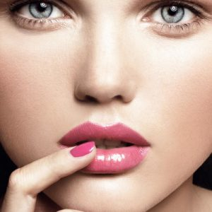 bright_makeup_for_fall-400x400