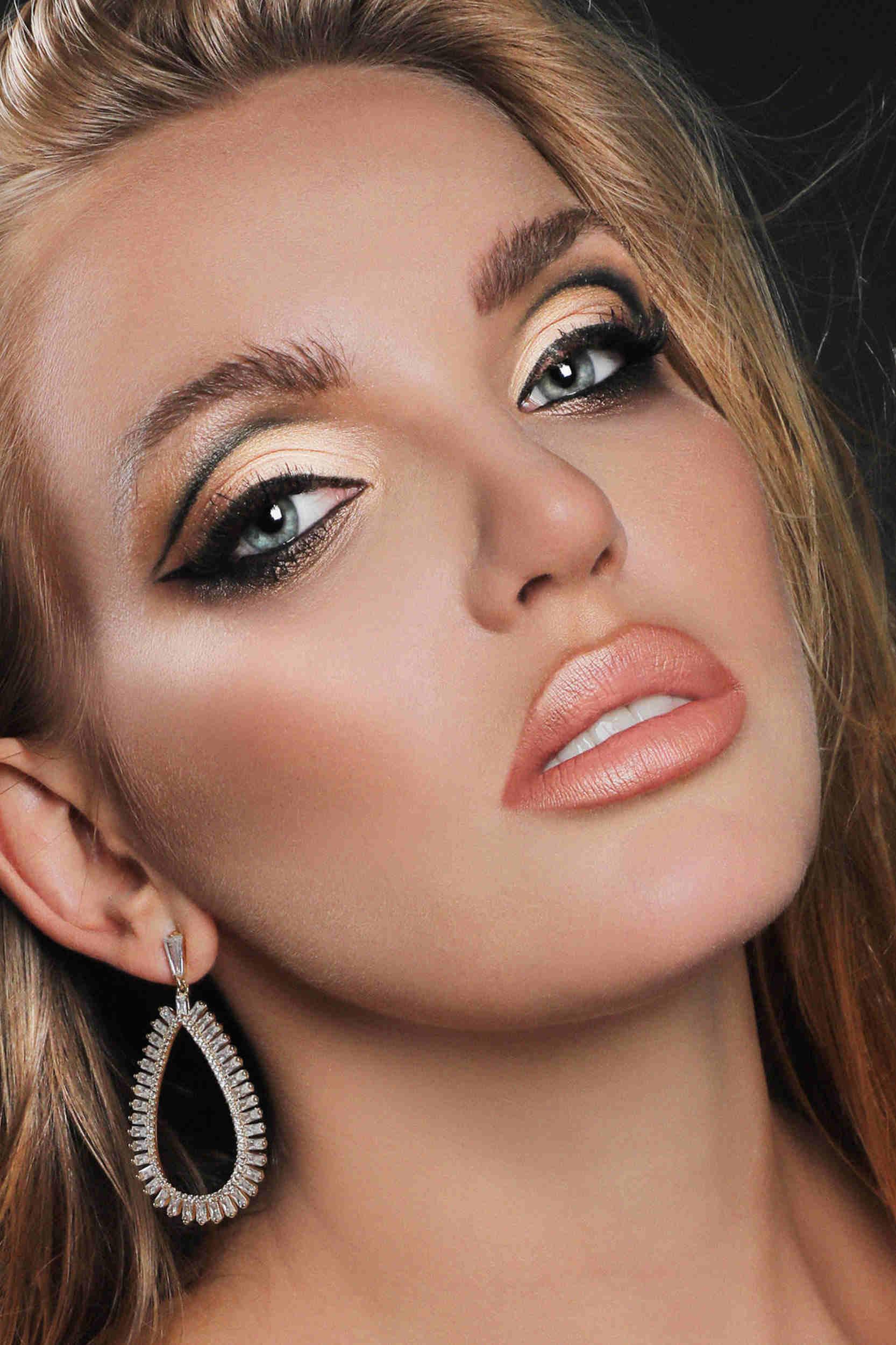 makeup-shots00008v