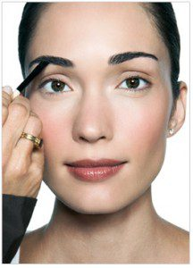 Perfect-Makeup-in-10-steps-by-Bobbi-Brown7